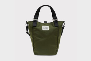 MISSION TOTE 人気のミニトートバッグ