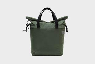 STIFF TOTE トート型のメンズ用通勤バッグ